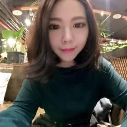 鍾齡萱 講師